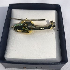 4/$25 United States Army Helicopter Pin